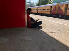 Railway platform.jpg