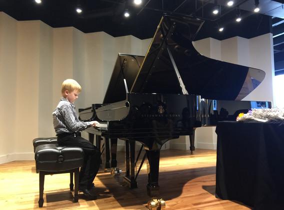 NPL Pianist