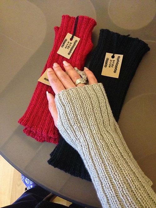Arm Warmers - Machine Knitting Pattern