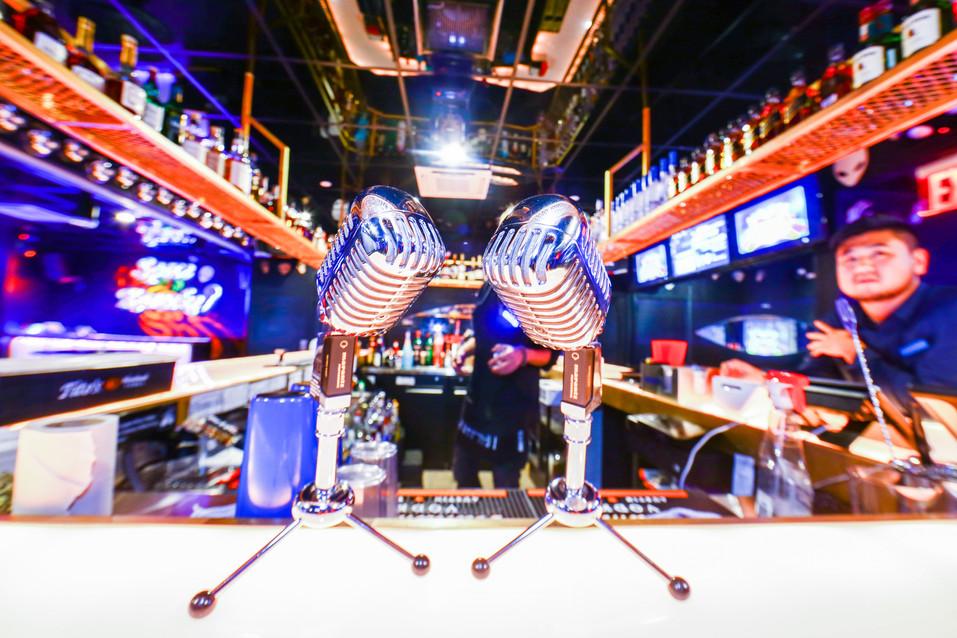 Space Karaoke_006.JPG