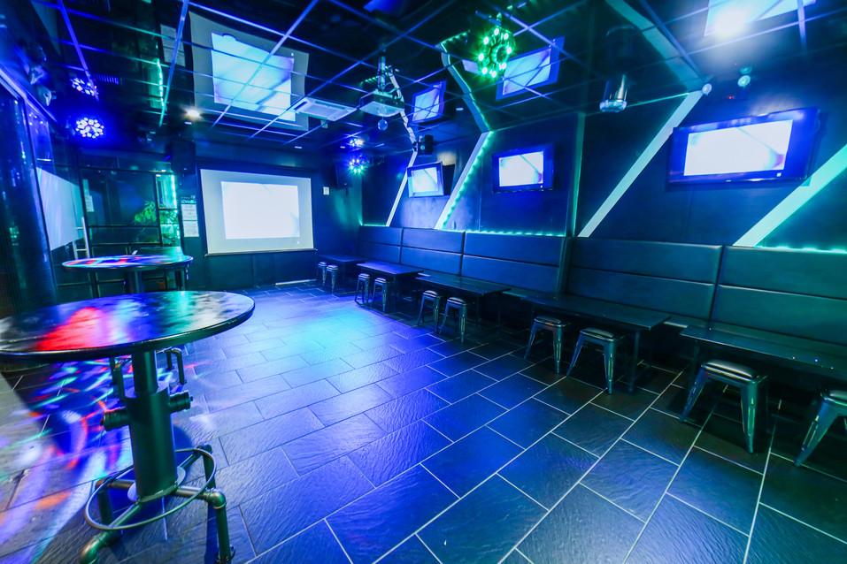 Space Karaoke_002.JPG