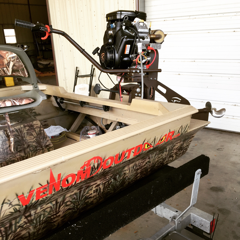 custom Venom Boat with Copperhead mu