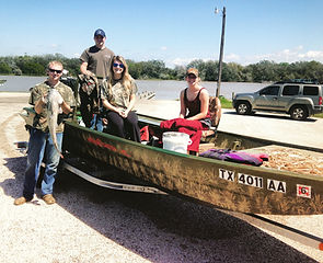 blue cat caught with 19/48 custo venom boat with 4400 HDR Mud Buddy mud motor