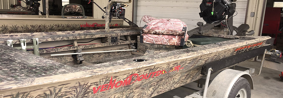 camo seats, grab bar, hunting deck, gun box, trolling motor mount, fuel tank, battery on 19/48 custom Venom Boat