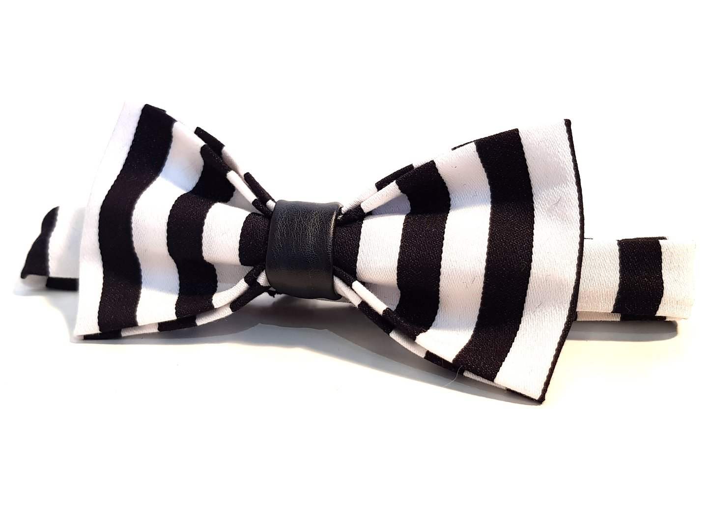 Bow Tie - Stripes