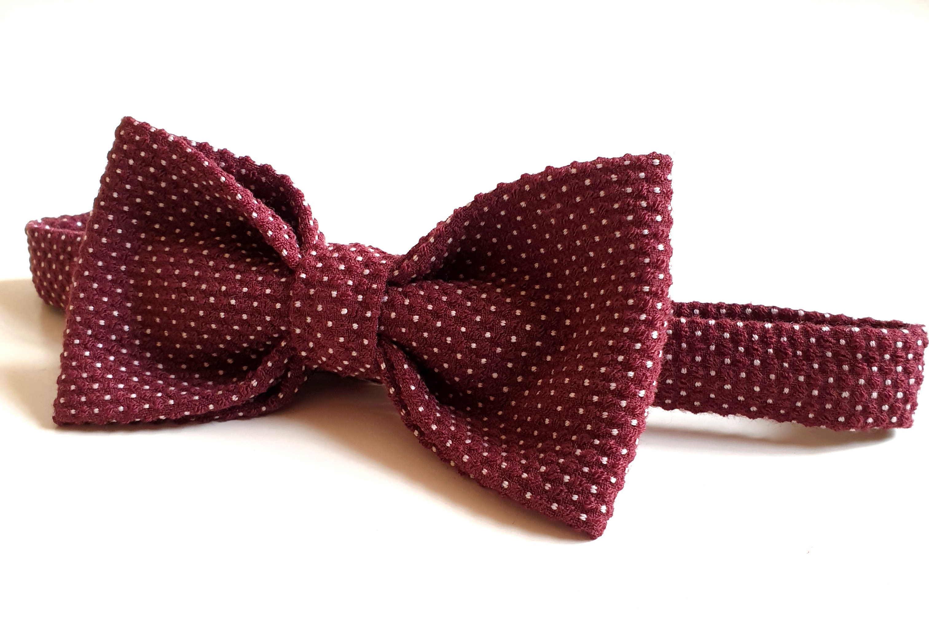 Bow Tie - Red dots