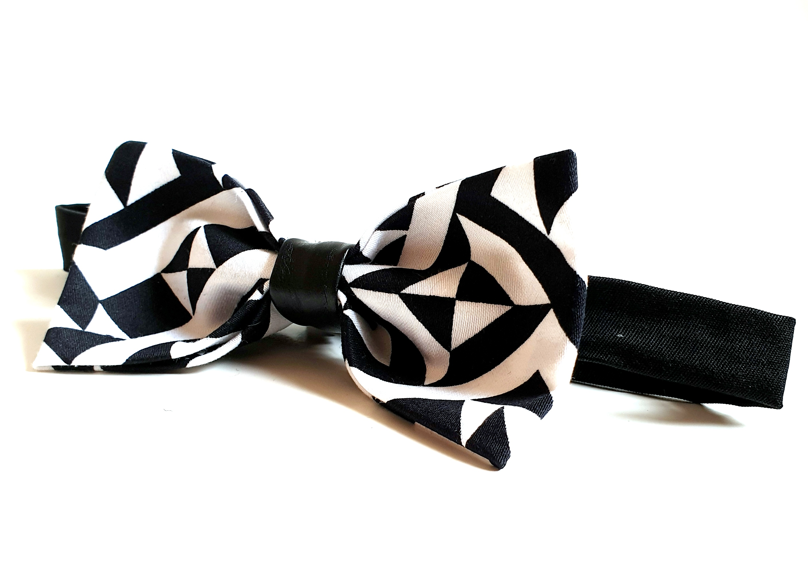 Bow Tie - Black Hipster
