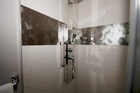 Bath 1-4.jpg