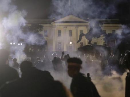 Van más de 4 mil arrestos en 35 ciudades de EU durante protestas por George Floyd