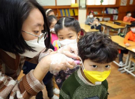 Epidemiólogos destacan indicios de que los niños podrían transmitir menos el Covid-19