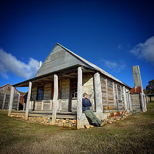 Kosciuszko Photo Tour alpine hut