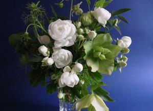 残りの花材でもう一品。6