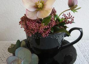 残りの花材でもう一品。2