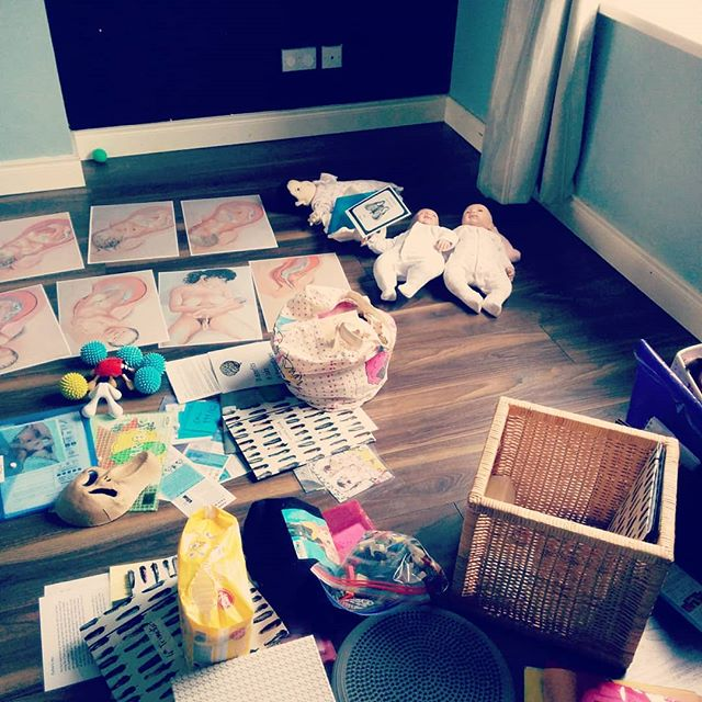 My living room....busy preparing for #antenatalclasses . Getting all my stuff organised...