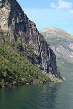 Seven Sisters Waterfall, Norway.JPG