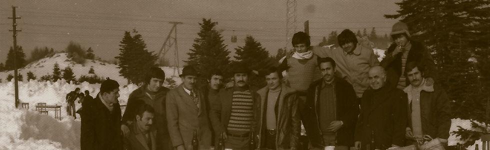Teksan Tin House's old staff on a field trip