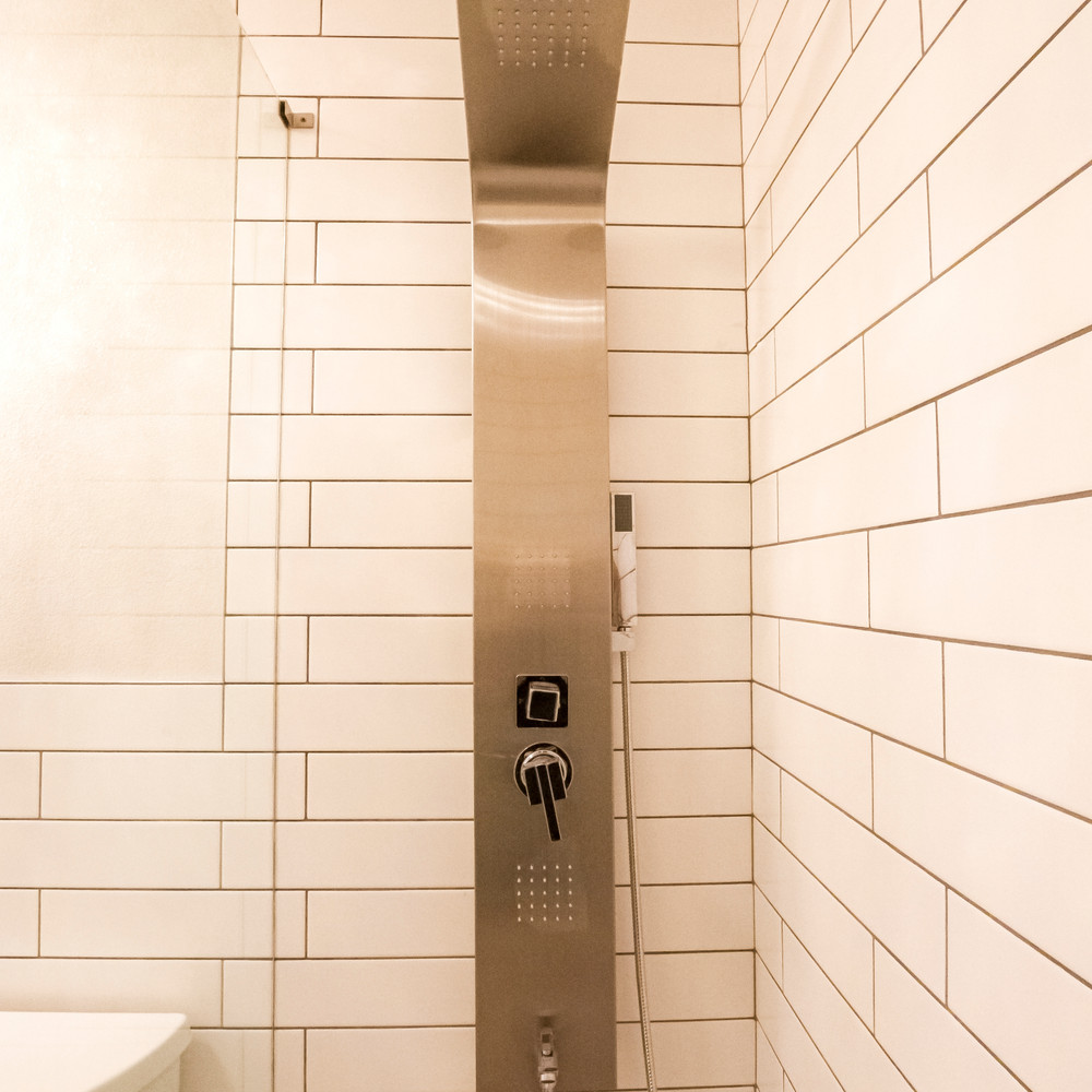 a European Shower