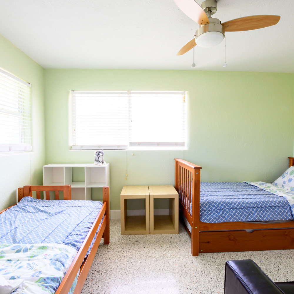 Kids Room has two twins and a trundle
