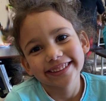 Niña de 6 años asesinada en un bosque: ¡el sospechoso es un niño de 14!