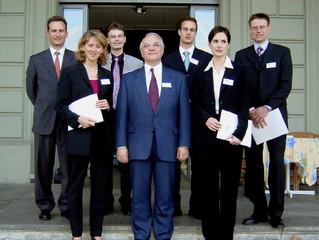 Un diplômé de la Haute Ecole de Gestion de Genève reçoit le Prix 2002 de la Société Suisse d'Organis