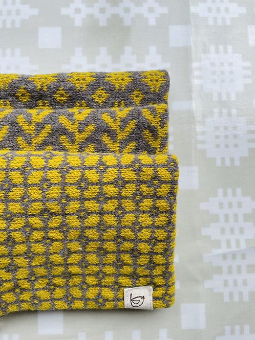 Yellow/brown Lambs Wool Snood