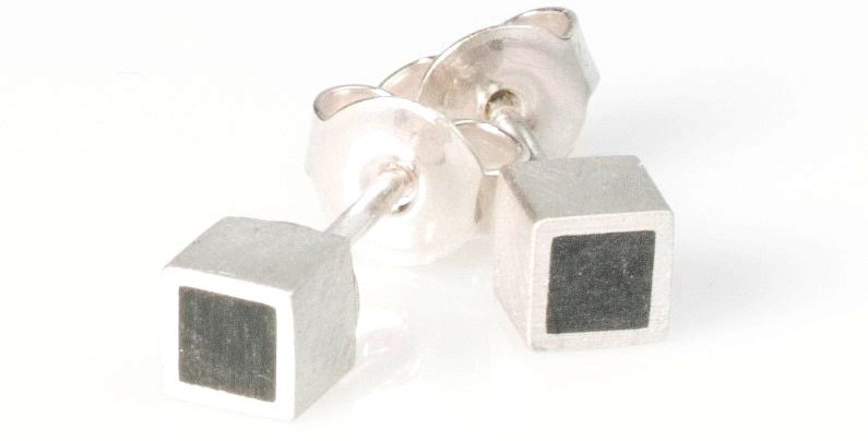 Würfel Ohrstecker - Silber/Carbon