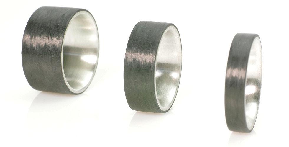 Schlichte Carbonringe mit Silber, Titan oder Gold