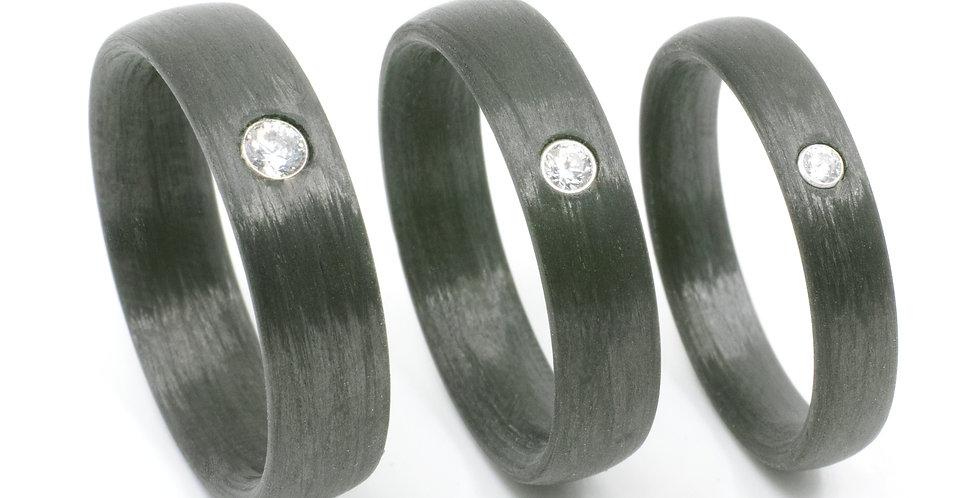 Runde Carbon-Ringe mit Zirkonia oder Brillant