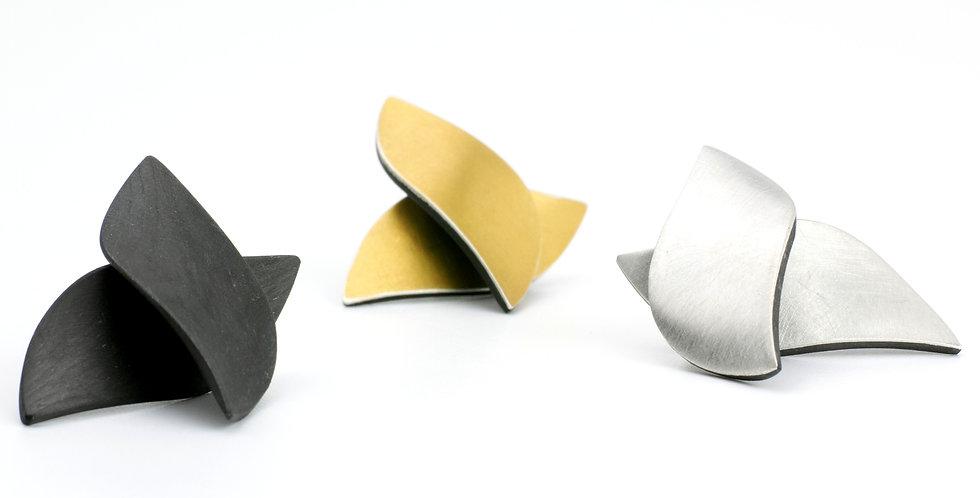 Blattförmige Carbon Ohrstecker