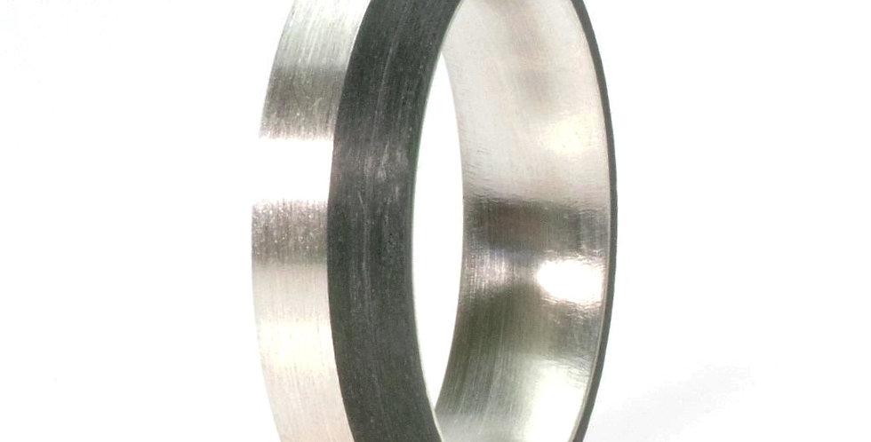 Schmaler gestreifter Ring
