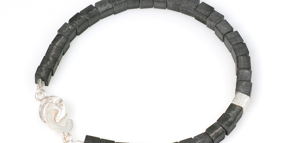 Carbon Armband - Würfel