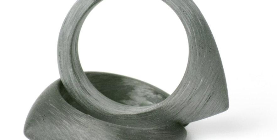 Ohr-Creolen aus Carbon