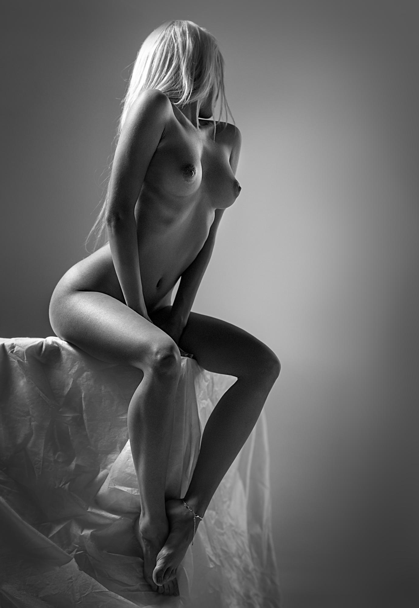 Erotic art nude woman