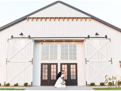 Grace Hill Barn Wedding