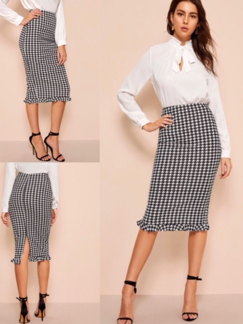 Stepping Out Pencil Skirt