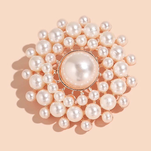 Pearl of My Eye Brooch