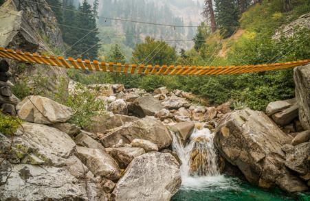 9-6 Pacific Crest Trail, Cascades foot brigdge