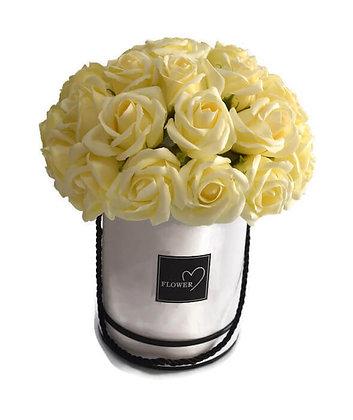 ורדים לבנים קלאסיים