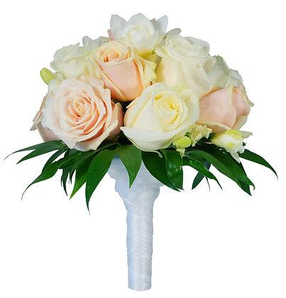 זר כלה ורדים לבנים ואפרסק