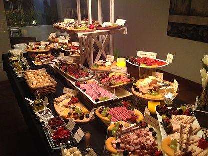 Mesa de Quesos y Carnes Frías de Idealite Gourmet