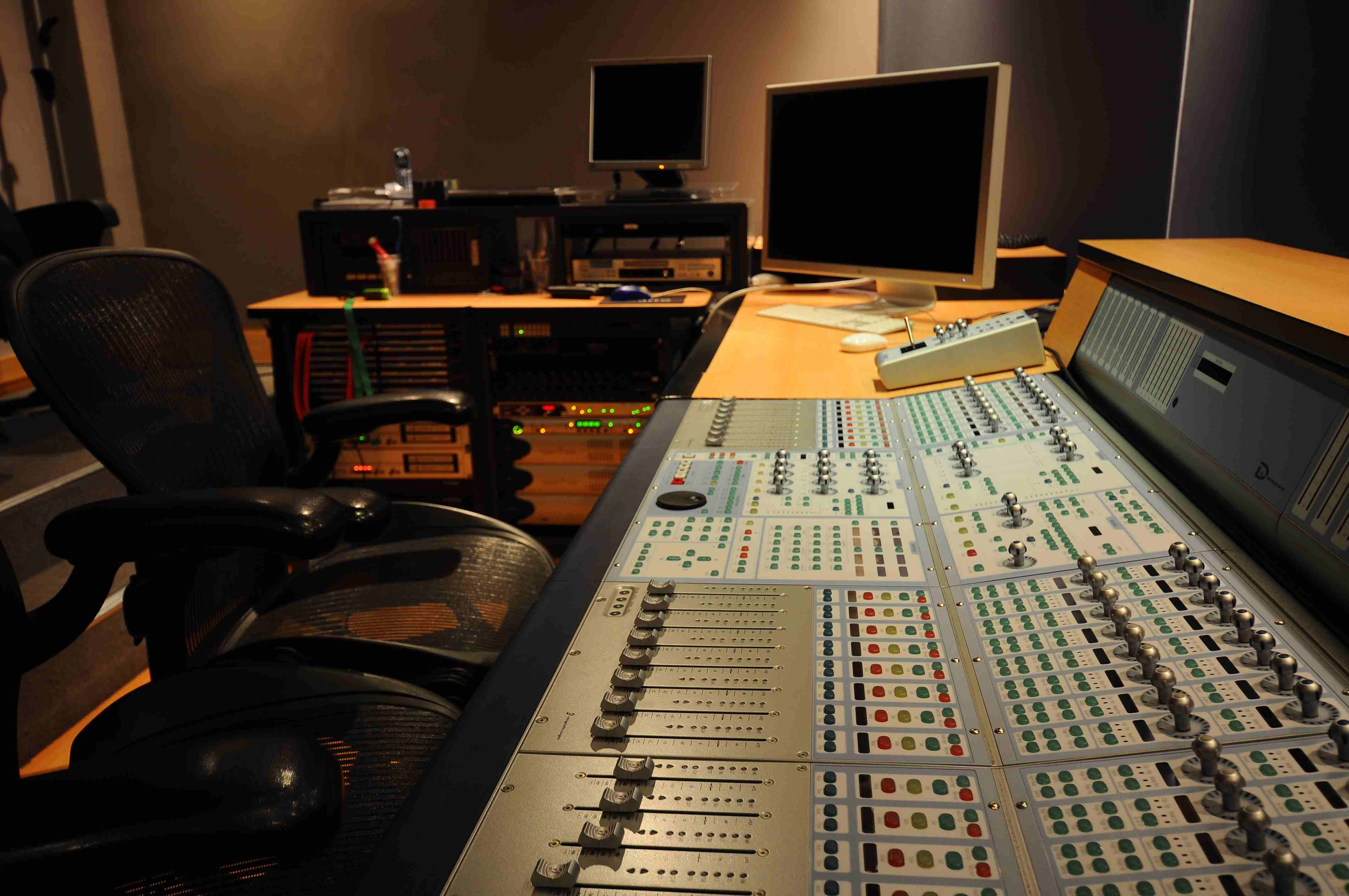 028 Sala Audio Cine.JPG
