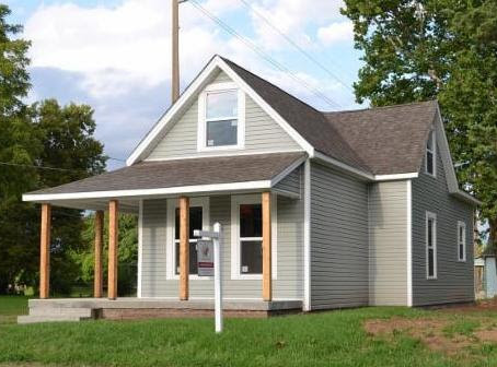 Hearts and Hands of Indiana: Updating River West One House at a Time