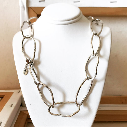Entangled Links Necklace
