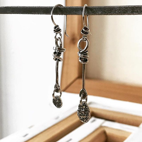 Barb with Castanet Hook Earring