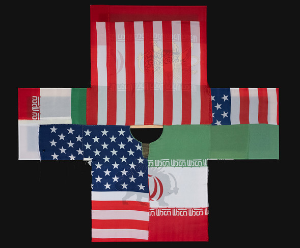 """3flags