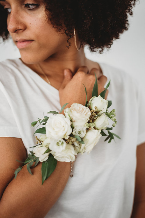 Boutonniere & Corsage, Wearable Flowers PLAYBACK