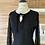 Thumbnail: Robe noire avec manches en dentelle