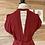 Thumbnail: Robe rouge avec petite ouverture au dos