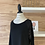Thumbnail: Chandail avec paillettes noires aux épaules
