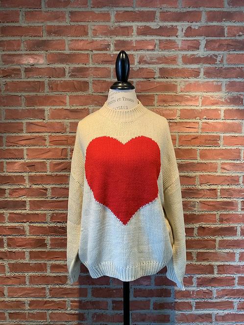 Chandail avec cœur rouge